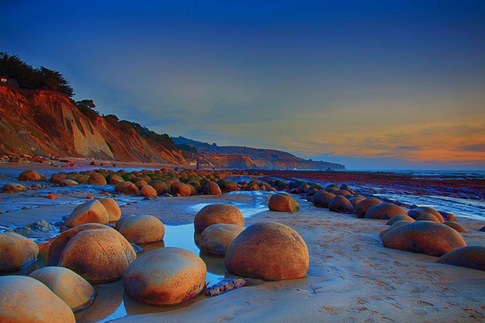 bowling-ball-beach-sunset – Point Arena Merchants Association